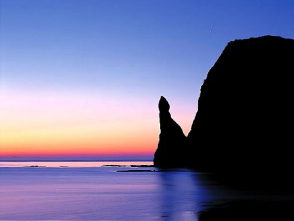 セタカムイ岩画像